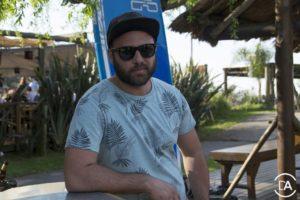 Pablo , el encargado de la Barra de Cerveza Imperial con su look de barba